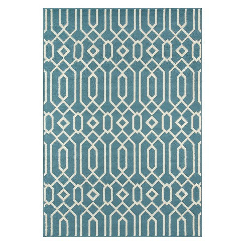 Indoor/Outdoor Lattice Rug - image 1 of 4