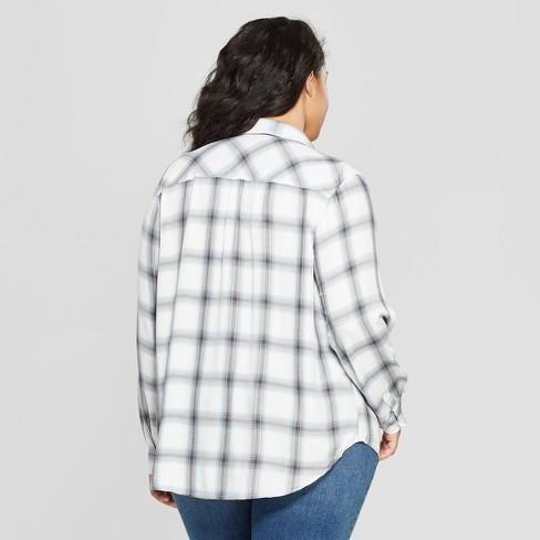 d48289ca5d7 Women s Plus Size Plaid Long Sleeve Collared Shirt - Universal Thread™ White