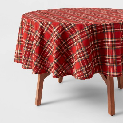 """70"""" Cotton Plaid Round Tablecloth Red - Threshold™"""