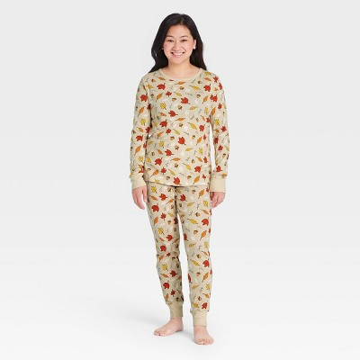 Women's Fall Leaf Print Matching Family Pajama Set - Oatmeal