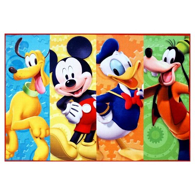 5'x7' Mickey Mouse & Friends Rug