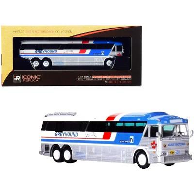 "1970 MCI MC-7 Challenger Intercity Coach Bus ""Greyhound Canada"" White & Silver w/Stripes 1/87 (HO) Diecast Model Iconic Replicas"