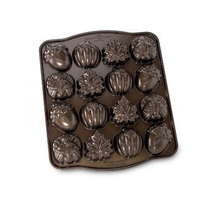 Nordic Ware Seasonal Collection Autumn Cakelette Pan