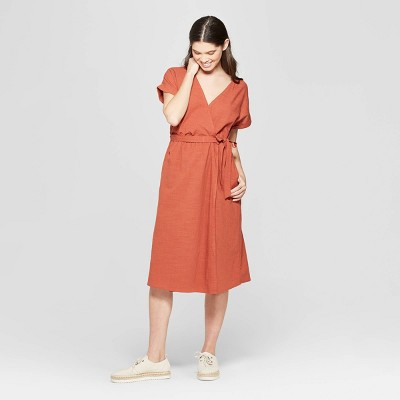 bf6edd6de4 Women s Short Sleeve V-Neck Midi Dress - Universal Thread™