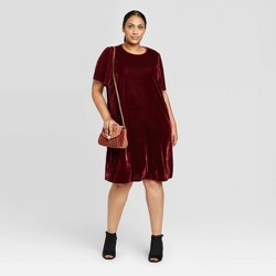 Women's Plus Size Flutter Short Sleeve Crewneck Velour Midi Dress - Ava & Viv™