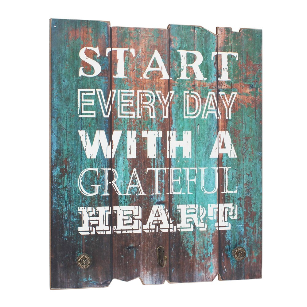 """Image of """"Rustic Wooden Painted """"""""Grateful Heart"""""""" Decorative Wall Art - Stonebriar Collection"""""""