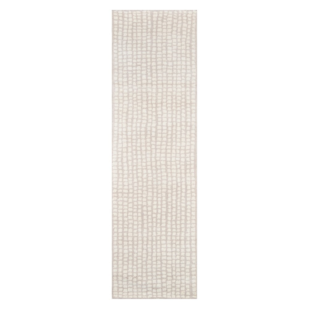 2'3X8' Stripe Tufted Runner Beige - Momeni