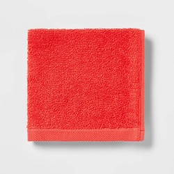 Everyday Solid Bath Towels - Room Essentials™