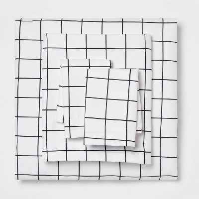 Queen Printed Microfiber Sheet Set Black Grid - Room Essentials™