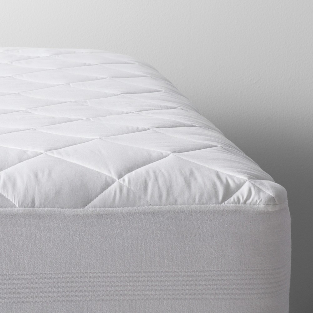 Waterproof Mattress Pad (Queen) White - Made By Design