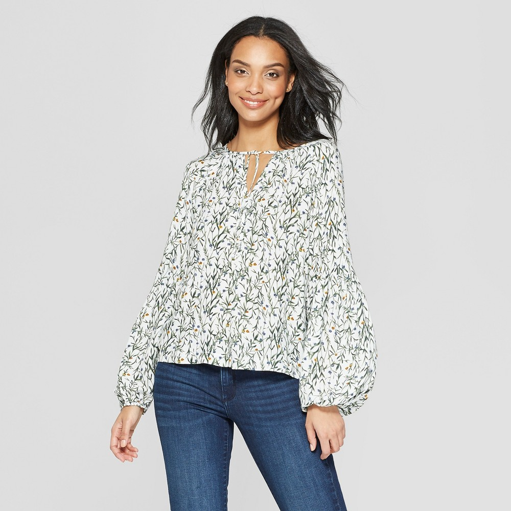 Women's Floral Print Long Sleeve Peasant Top - Universal Thread White M