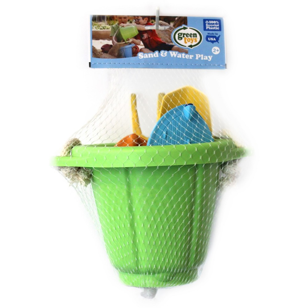Green Toys Sand and Water Play Bucket with Sport Boats Sand, sun, and a whole lot of Good Green Fun! The Green Toys Sport Boats, Bucket and Sand Tools are the perfect accessories for summer adventures. These toys are ready for action, and are just the right size to drop in a diaper bag or beach tote. Made in the USA. 100 percent recycled plastic. No PVC, BPA or Pthalates. Dishwasher Safe. Gender: Unisex.