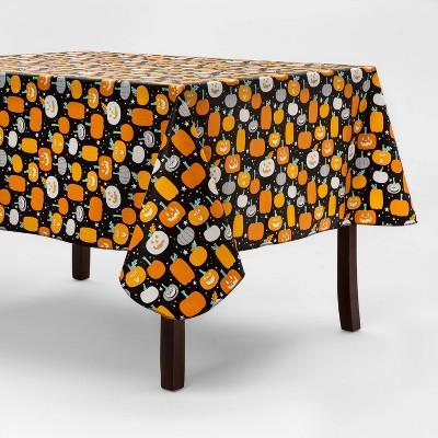 """84""""x60"""" Pumpkin Toss Halloween Tablecloth - Hyde & EEK! Boutique™"""