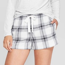 Women's Buffalo Plaid Perfectly Cozy Flannel Lounge Shorts - Stars Above™ Heather Gray