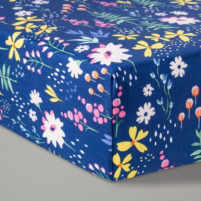 Fitted Crib Sheet Wildflower Dark - Cloud Island™ Navy Floral