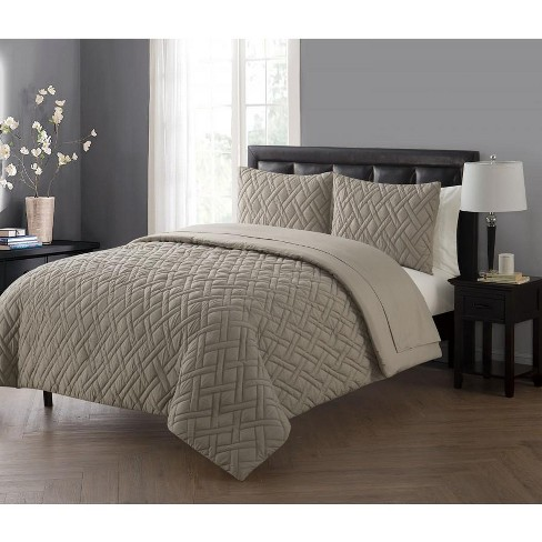 VCNY Home Lattice Embossed Bed in a Bag Comforter Set - image 1 of 1