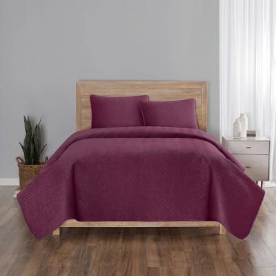 Vue Feyra Velvet Quilt Set