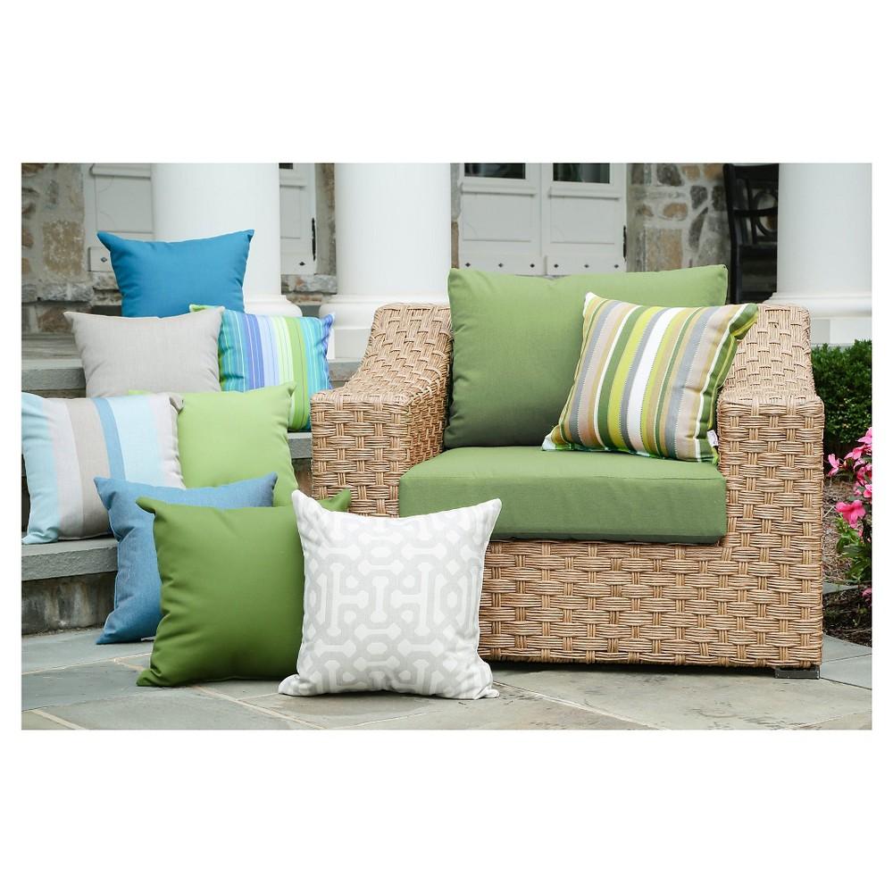 Image of Elizabeth Single Arm Chair With Sunbrella Fabric Spectrum - Cilantro - AE Outdoor
