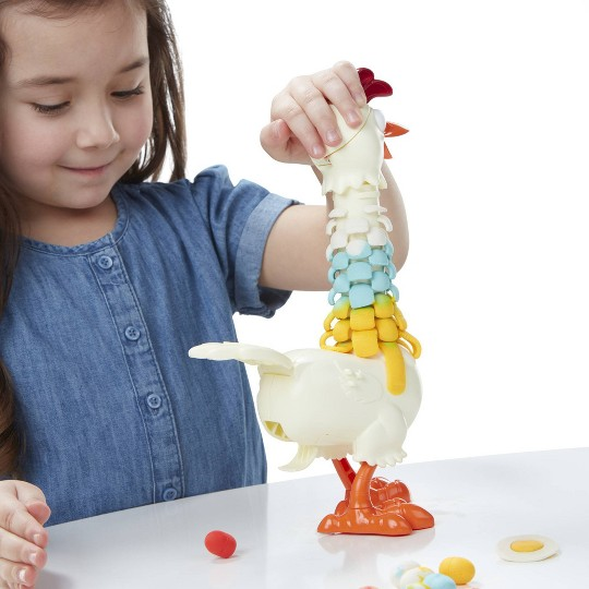 Play-Doh Animal Crew Cluck-a-Dee Feather Fun Chicken image number null