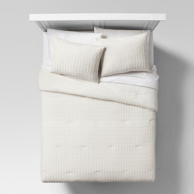 Cream Eyelash Grid Comforter & Sham Set (King)- Project 62™