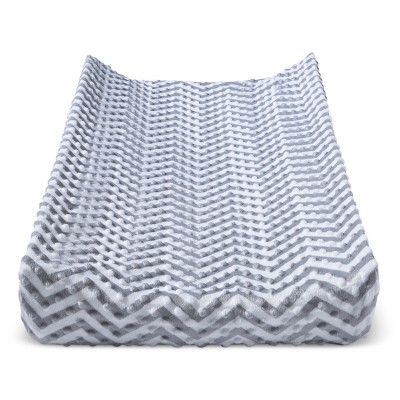 Plush Changing Pad Cover Chevron - Cloud Island™ - Gray