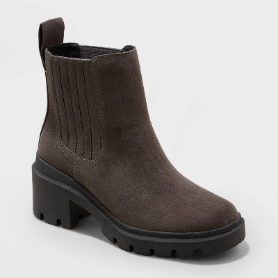 Women's Naya Heeled Chelsea Boots - Universal Thread™
