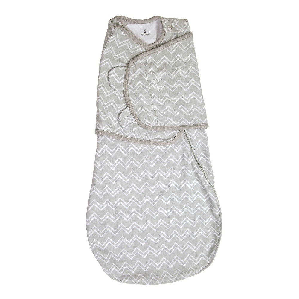 Image of SwaddleMe Love Sack Swaddle Wrap 0-4M - Gray Chevron S, Infant Unisex, Size: Small