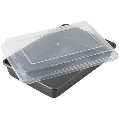 """Wilton 9""""x13"""" Nonstick Ultra Bake Professional Baking Pan with Cover"""