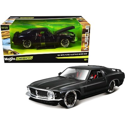 """1970 Ford Mustang Boss 302 Black with Matt Black Stripes """"Classic Muscle"""" 1/24 Diecast Model Car by Maisto"""