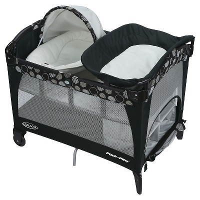 Graco® Pack'N Play® Playard with Newborn Napper™ Bassinet Lx