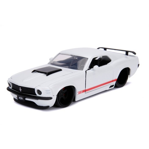 Jada Toys Big Time Muscle 1970 Ford Mustang Boss 429 Die-Cast Vehicle 1:24 Scale Pearl White - image 1 of 4