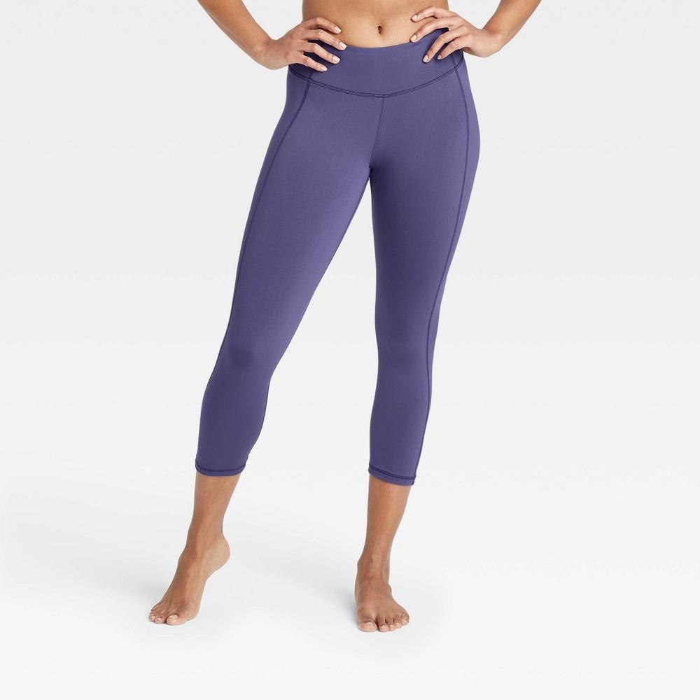 Women 39 S Simplicity Mid Rise Capri Leggings 20 34 All In Motion 8482 Grape Xl