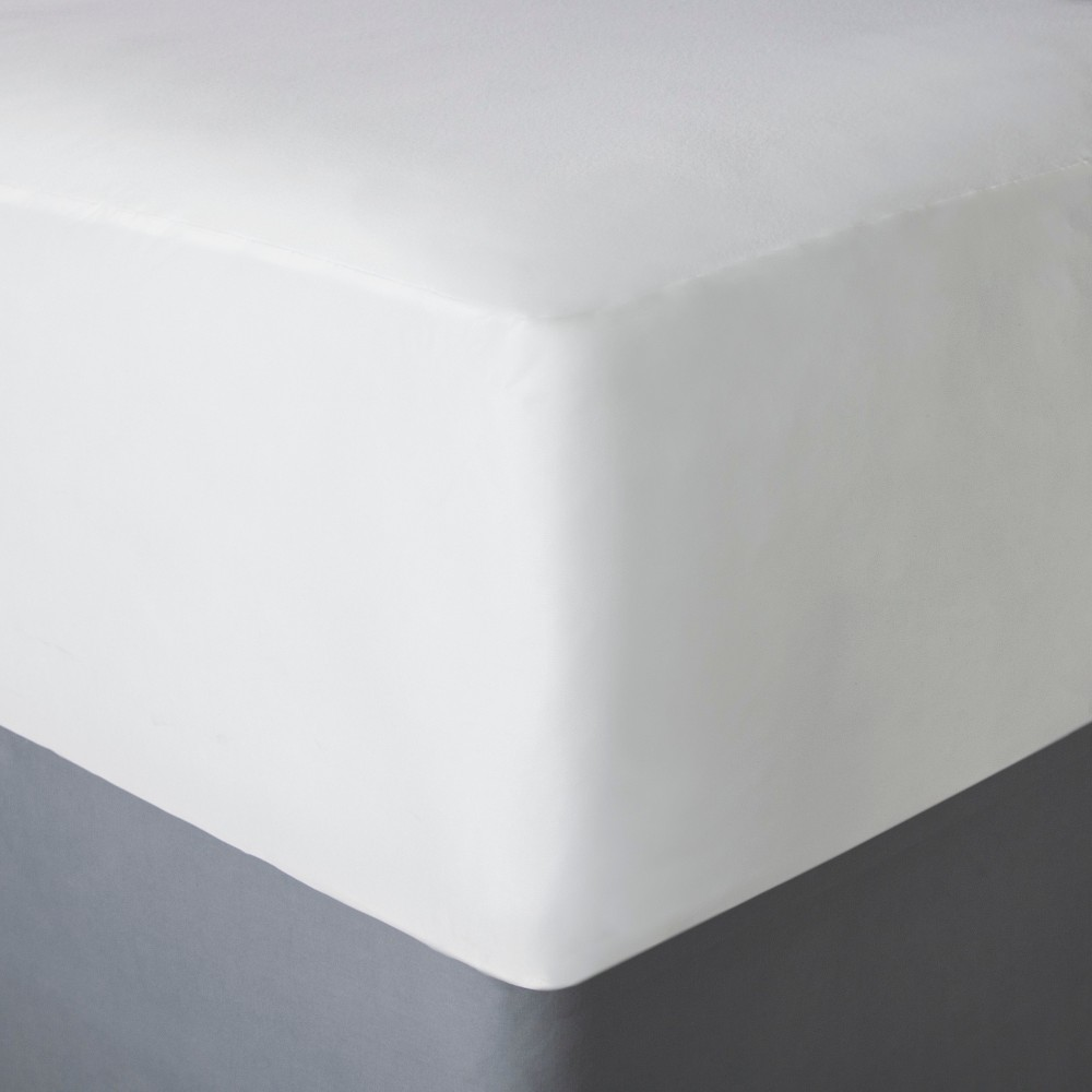 AllerEase Bed Bug Mattress Protector - White (Twin)