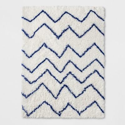"""30""""x48"""" Chevron Shag Area Rug Blue - Pillowfort™"""