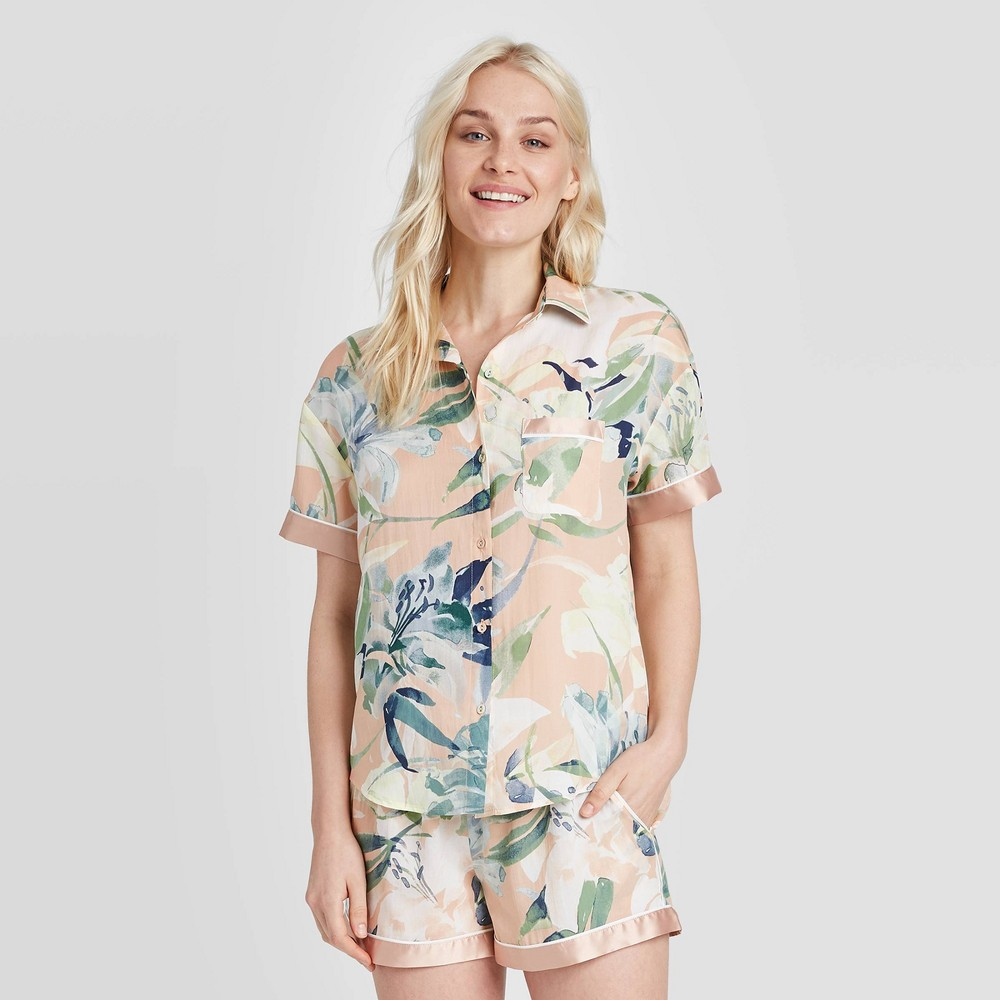 Image of Women's Floral Print Simply Cool Short Sleeve Button-Up Shirt - Stars Above Coral M, Women's, Size: Medium, MultiColored