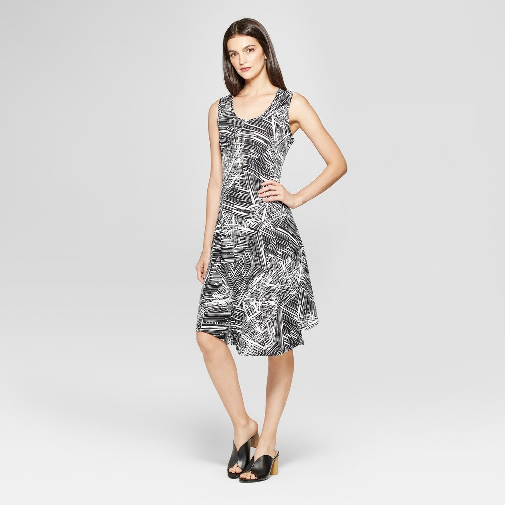 Image of Women's Printed Circle Hem Dress - Notations - Black/White L, Size: Large