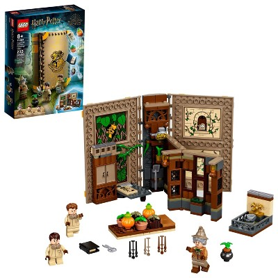 LEGO Harry Potter Hogwarts Moment: Herbology Class; LEGO Brick Book Playset 76384