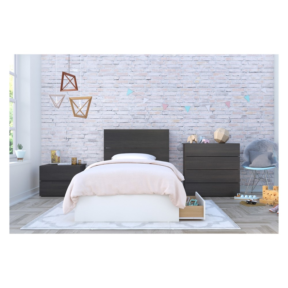 Cadence 4pc Bedroom Set Twin White & Black - Nexera