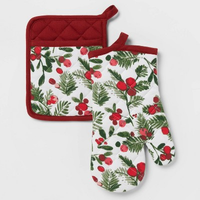 2pc Cotton Holly Berries Oven Mitt and Pot Holder Set - Threshold™