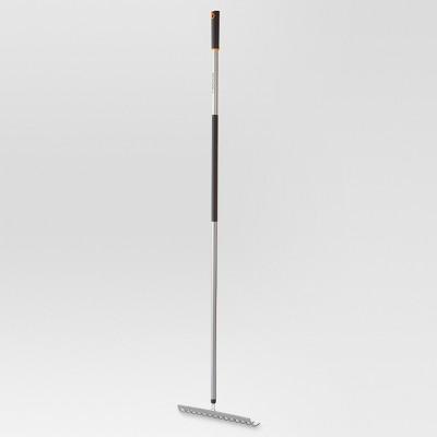 "Fiskars Ergo Aluminum Garden Rake (60"")"