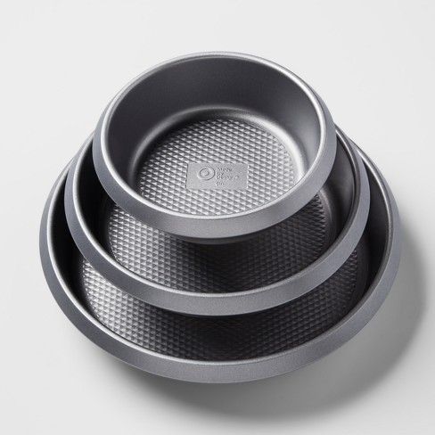 Set of 3 Non-Stick Round Cake Pans Aluminized Steel - Made By Design™ - image 1 of 3
