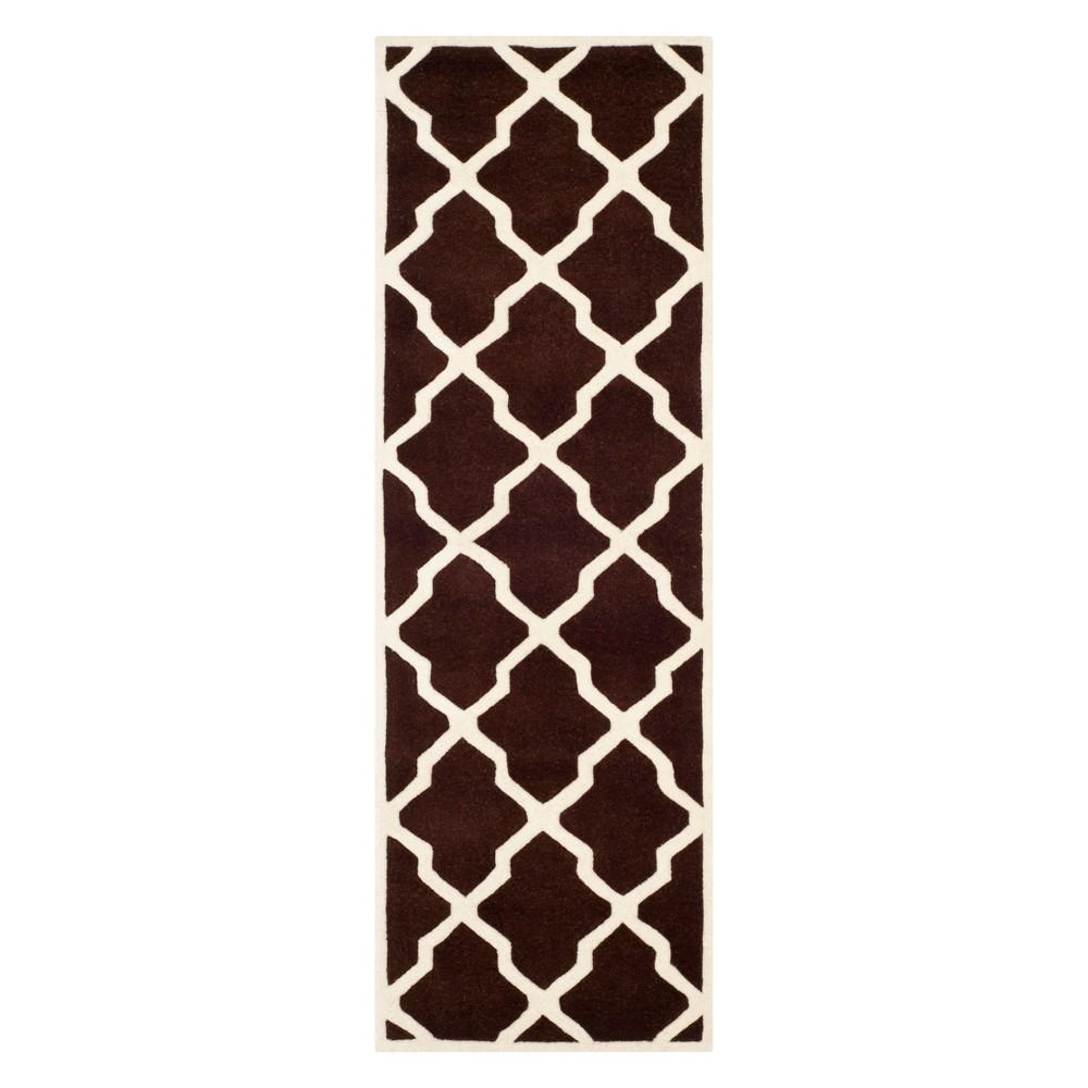 2'3X9' Quatrefoil Design Tufted Runner Dark Brown/Ivory - Safavieh