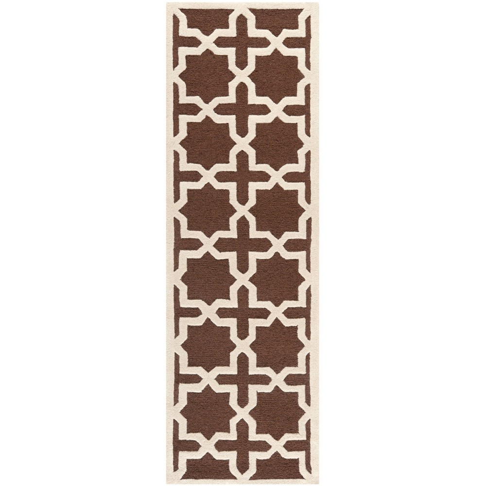 2'6X8' Trellis Runner Dark Brown/Ivory - Safavieh