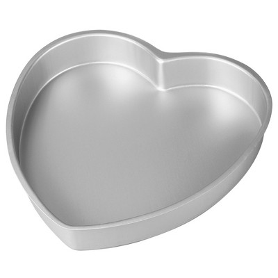 "Wilton 8"" Decorator Preferred Aluminum Heart Cake Pan"