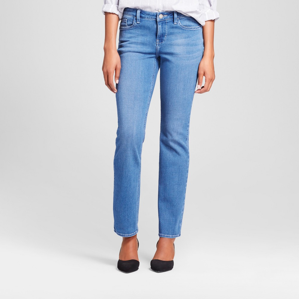 Women's Curvy Fit Signature Straight Leg Jeans - Crafted by Lee Light Denim Wash 2 Short, Blue