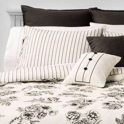 Queen Mariella Floral Stripe 8pc Bed Set Black
