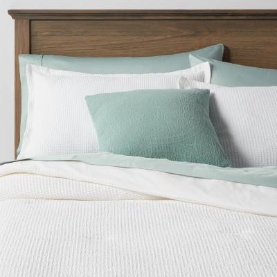 Queen Waffle Weave 8pc Comforter & Sheet Bundle White - Threshold™