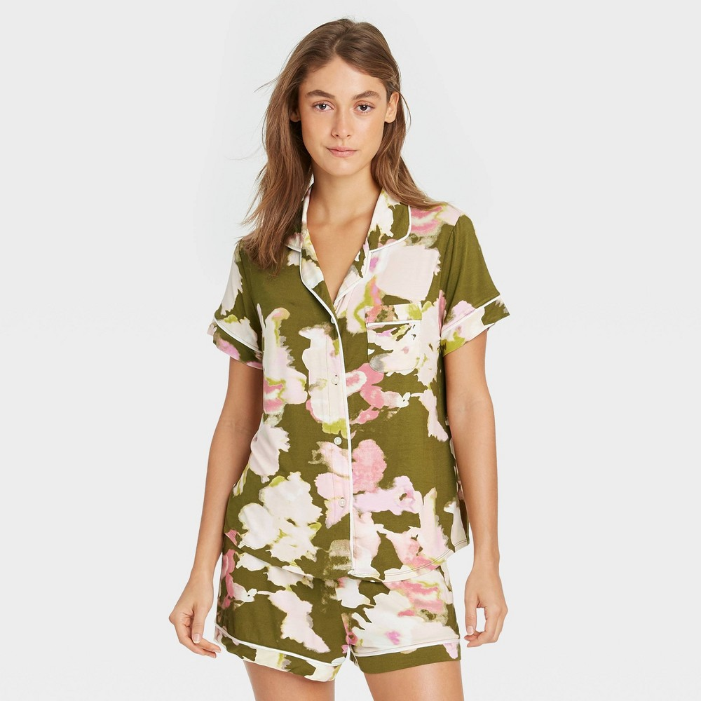 Women 39 S Floral Print Beautifully Soft Short Sleeve Notch Collar Top And Shorts Pajama Set Stars Above 8482 Green Xs