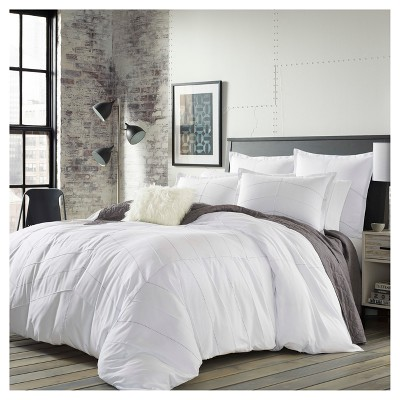 White Courtney Comforter Set (Full/Queen)- City Scene