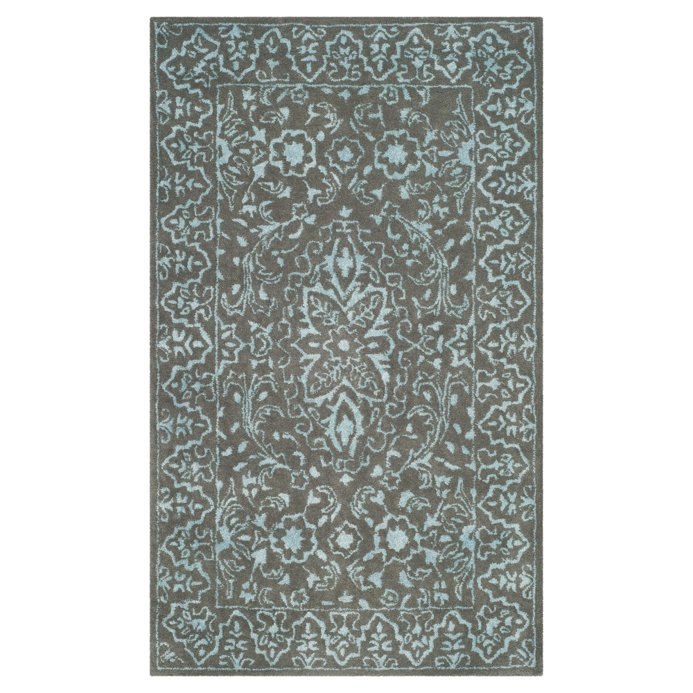 Blue Dark Gray Botanical Tufted Accent Rug 3 39 X5 39 Safavieh